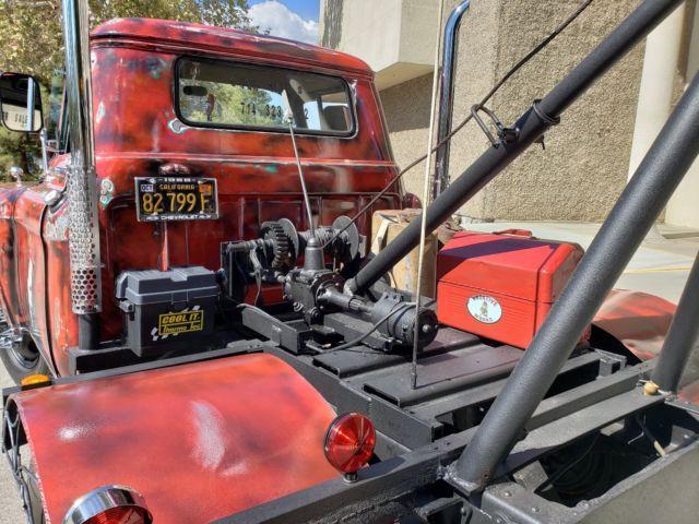 1958-chevy-apache-viking-tow-truck-11