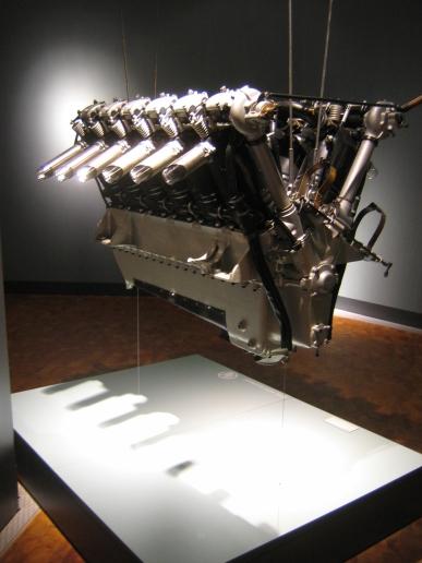V12engine (1)